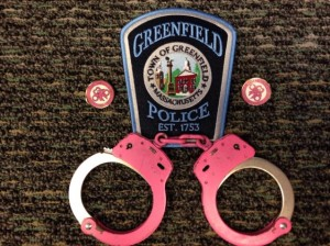 handcuffspink-638x478